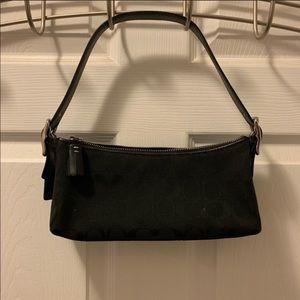Coach black shoulder bag EUC